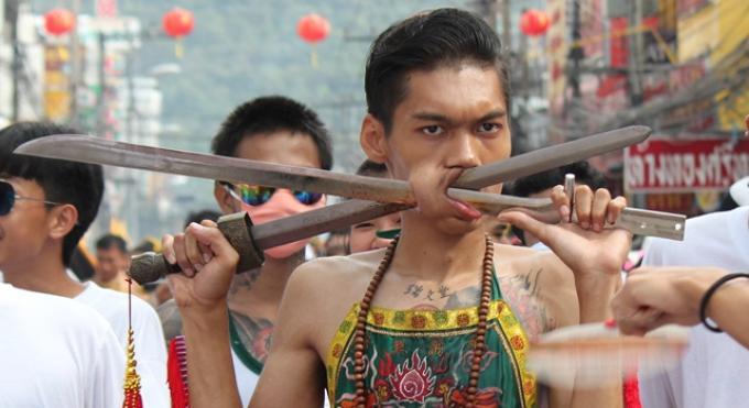 Le festival végétarien de Phuket plus 'calme' par respect pour les funérailles royales