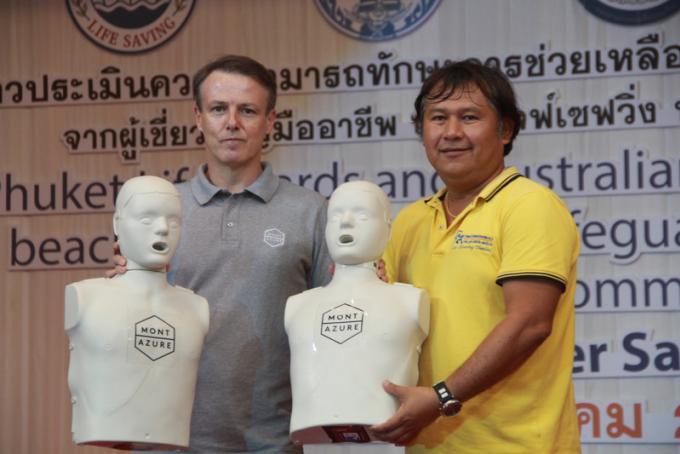 Les sauveteurs australiens a Phuket