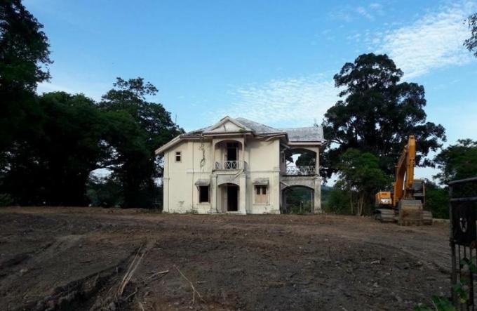 Les habitants de Phuket inquiets de la destructions d'un édifice historique
