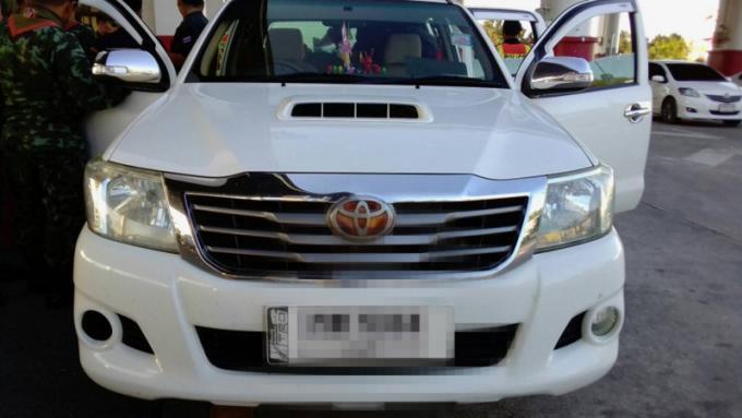 Une 'mule' de Krabi arrêté lors une livraison a Phuket