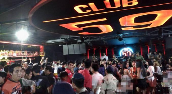 Intervention dans un club de Phuket