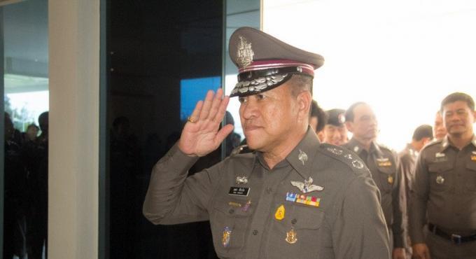 Trois policiers impliqués dans des affaires de corruption