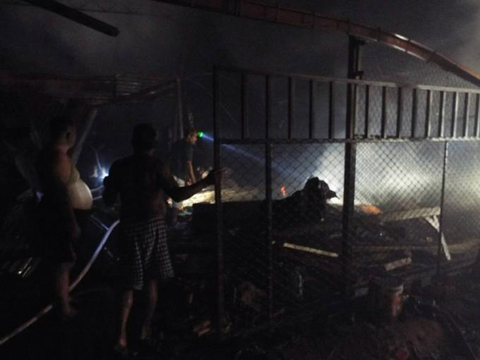 Un incendie détruit une usine de Phuket