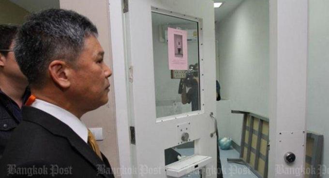 Mort en cellule de l'ancien officier du cadastre : le DSI contre le police