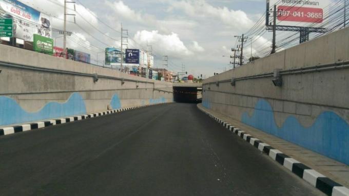 L'ouverture officielle du tunnel de Bang Khu retardée