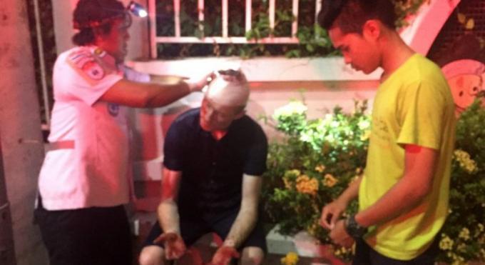La police de Phuket ne retrouve pas le touriste éjecté du tuk-tuk