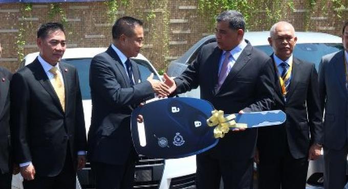 Remise des 25 véhicules volés malaisiens