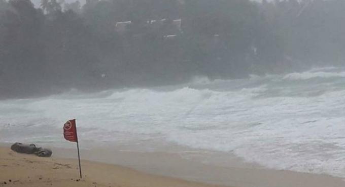 Les sauveteurs ferment les plages