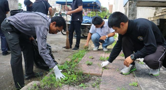 Le gouverneur de Phuket appelle tout le monde a participer aux 'Grands Nettoyages' avant les Fun