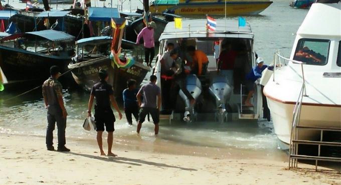 Un touriste chinois de 18 ans a été réanimé après une noyade a Koh Poda