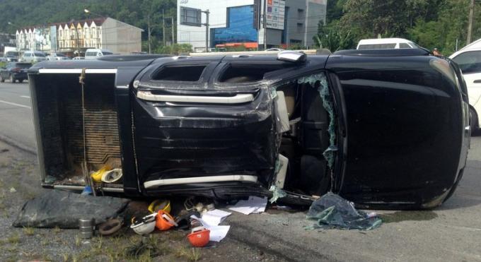 La police prend son temps après un accident mortel sur la bypass road