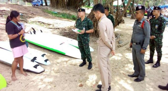 Seize amendes pendant es inspections des plages de Phuket