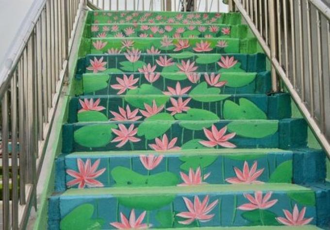 Un pont de peinture pour traverser