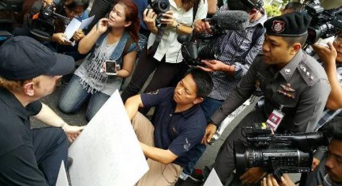 La police de Phuket appelés à Bangkok non suspecte dans l'affaire de corruption Vard, a dit le pri