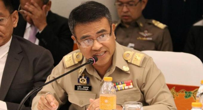 Gouverneur à la Commission Nationale : Phuket a besoin de routes en meilleur état