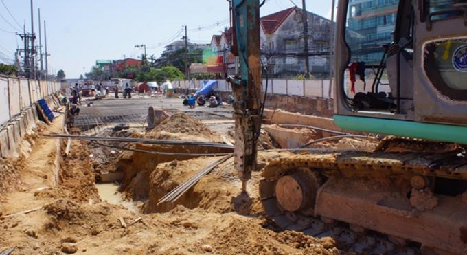 40% du tunnel de Chalong déjà construits