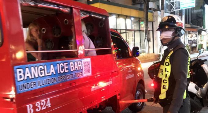 Phuket reste à un mort sur les route pendant Songkran