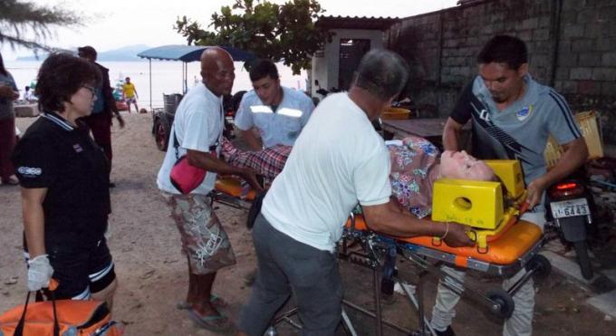 Un ukrainien secouru à 5 kilomètres au large des côtes de Phuket