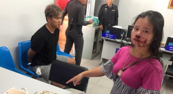Agression violente, la police de Phuket arrête un adolescent