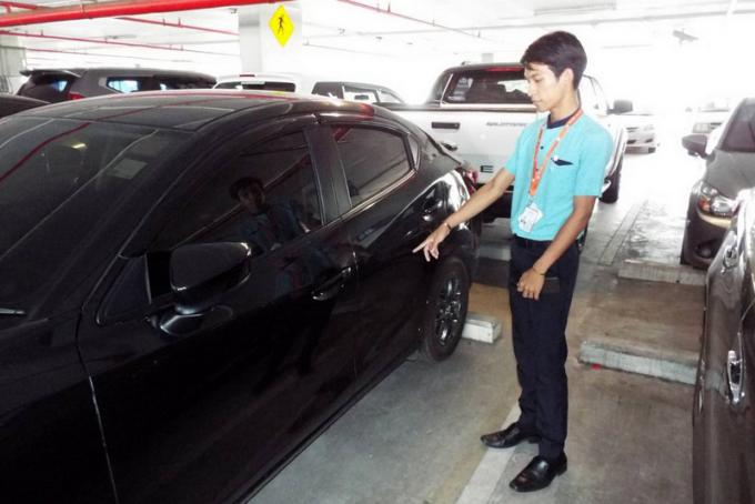 La police lance son enquête sur les rayures du parking de l'aéroport