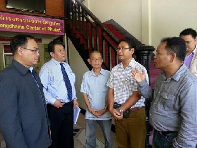 Plus de négociations avec les villageois a averti l'avocat des propriétaires de terrains occupés