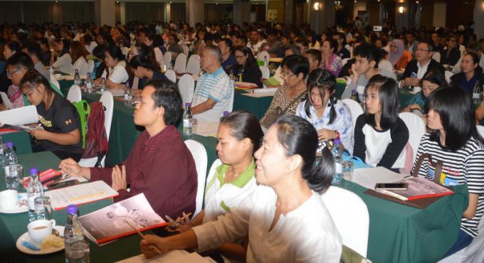 Les vendeurs de nourriture de Phuket sensibilisés à l'hygiène