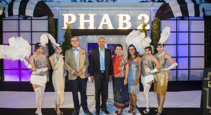 L'Association des Hôtels de Phuket lève B4.5 millions pour des bourses d'étude