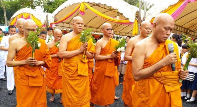 Les célébrations de Visakha Bucha sont lancées