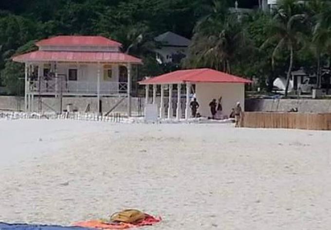 Un film français met en route l'alarme, pour empiètement sur les terres publiques de Phuket