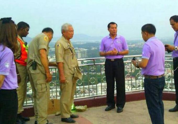 Une fillette, de 10 ans, survit à un choc électrique au point de vue de Phuket