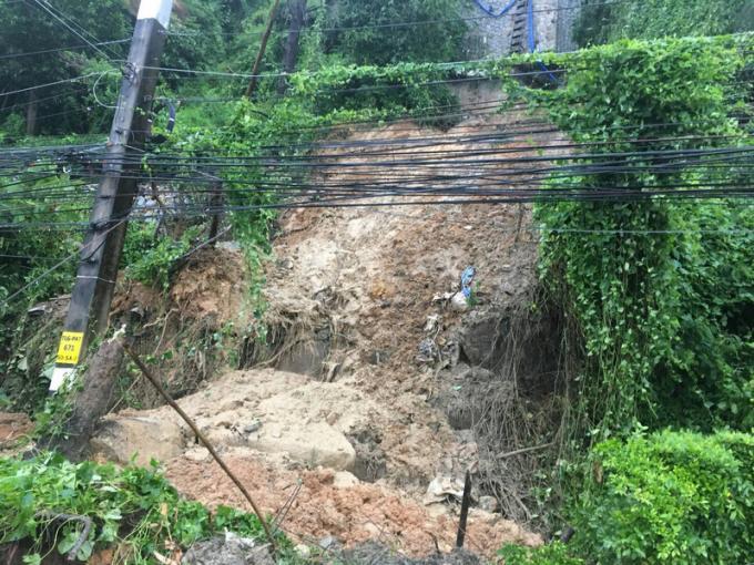 Pluies et inondations à Phuket, glissement de terrain à Patong