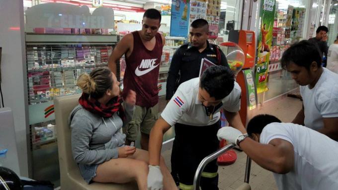 Une touriste italienne se blesse en fonçant dans  le 7-Eleven