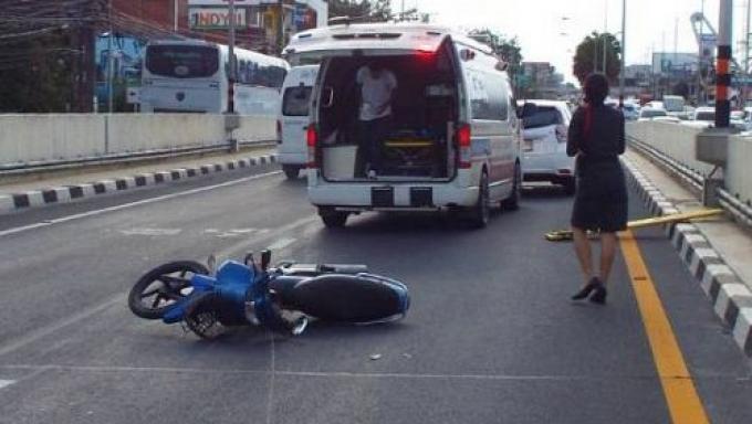 Un motocycliste meurt à la sortie du tunnel