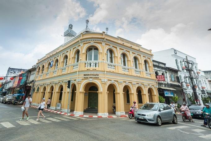 Les charmes du sud de la Thaïlande : Le boom de Phuket et l'influence de l'architecture europé