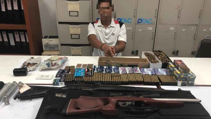 Une cache d'armes découverte à Phuket, deux arrestations