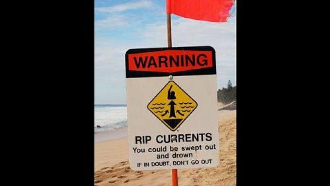Dangers sur les plages de Phuket