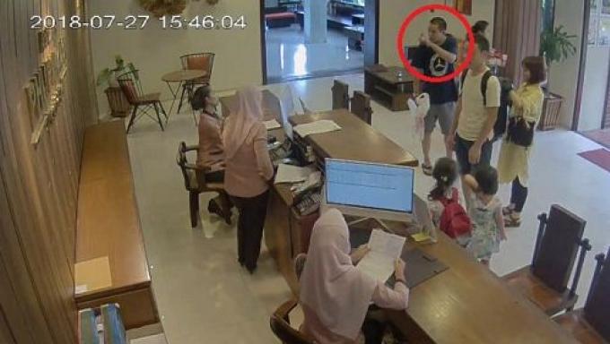 Un officiel doit s'excuser pour avoir intimidé le personnel d'un hôtel