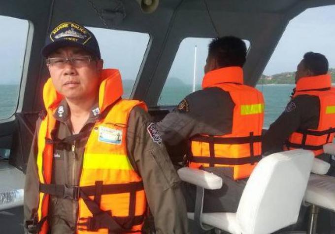Bateau de pêche de Phuket en détresse au large de Koh Racha