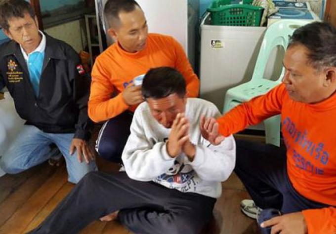 Un quatrième membre de l'équipage de la barge qui a coulé au large de Phuket sauvé