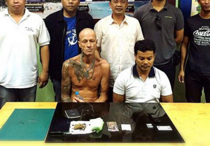 Deux trafiquants de drogue à Phuket ont vendu à des policiers en civil