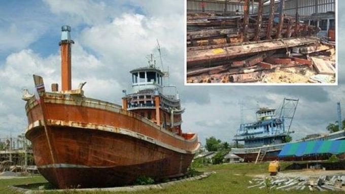 Vague de protestations après la disparition des bateaux 'symboles' du tsunami