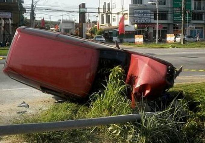 Un conducteur s'enfuit après avoir eu un accident