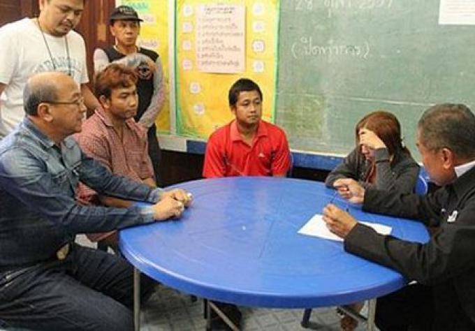 Les enseignants arrétés pour vente de drogue à l'école
