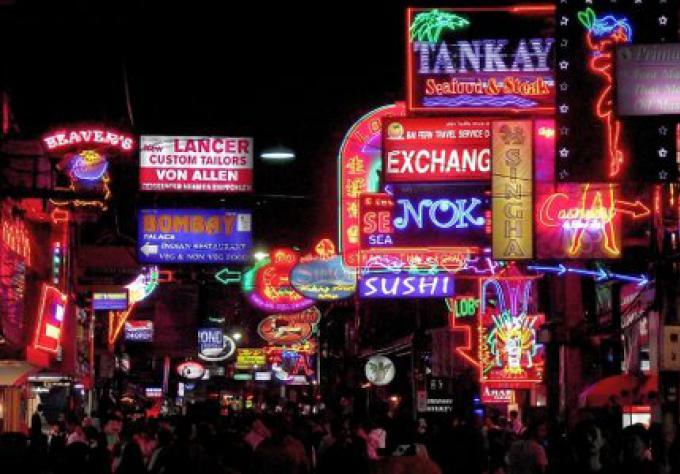Un flic français, un coréen victimes de ladyboys à Pattaya