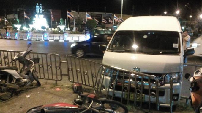 Deux jours après l'obtention de son permis, le conducteur d'un van renverse un scooter