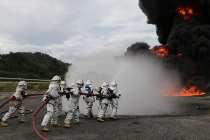 Exercice incendie à l'aéroport de Phuket