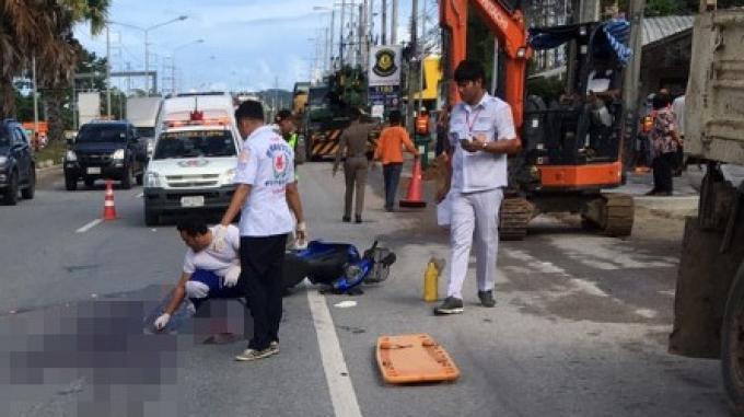 Une femme meurt écrasée sous un camion