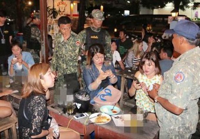 Raids sur les vendeurs de boissons alcoolisées envers les jeunes cibles