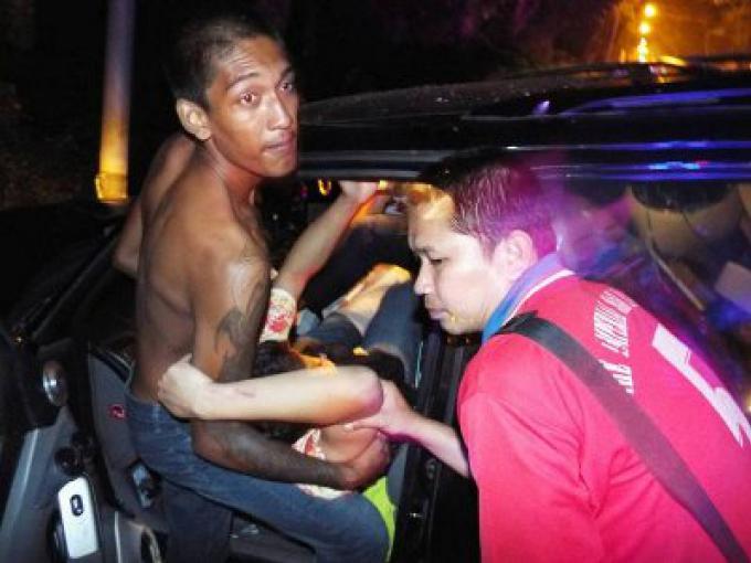 Un avocat de Phuket hospitalisé à cause d'un accident à grande vitesse
