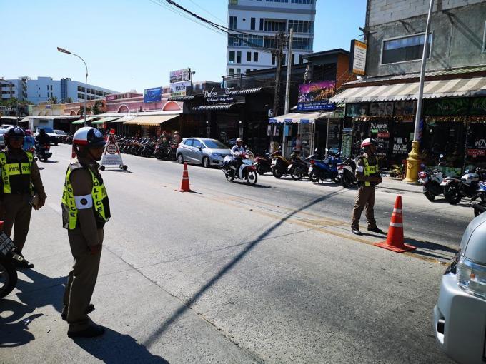 La police enquête sur des courses de moto dans les rues de Patong
